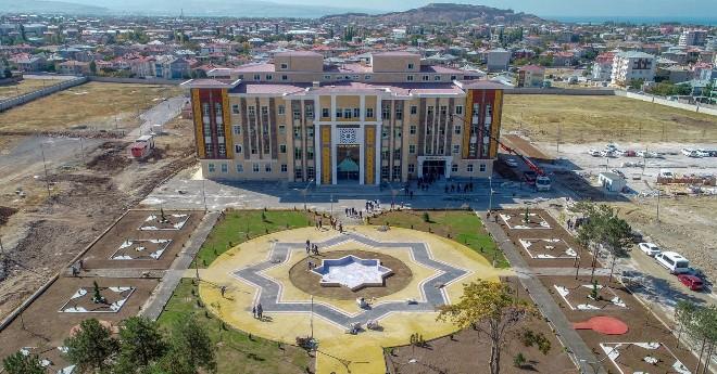 Tuşba Belediyesinden Adına Yakışır Hizmet Binası