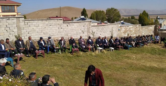 Van'da Husumetli Aileler Barıştırıldı