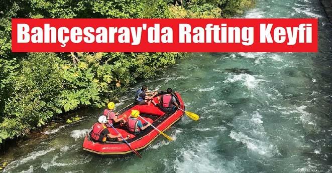 Bahçesaray'da Rafting Keyfi