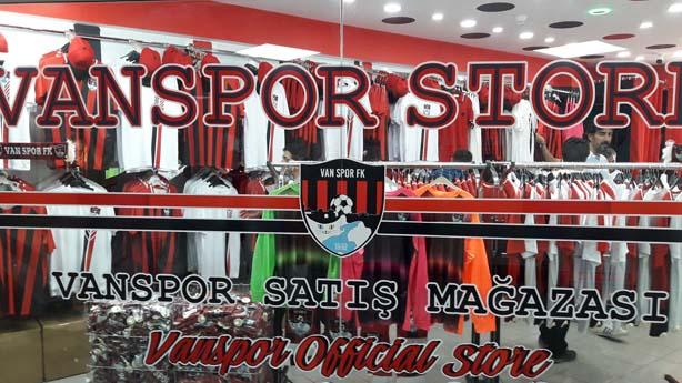 Vanspor Store Açılışa Hazırlanıyor