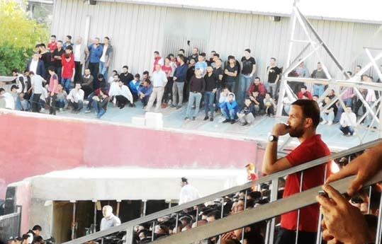 Vanspor Taraftarının Stad Çilesi